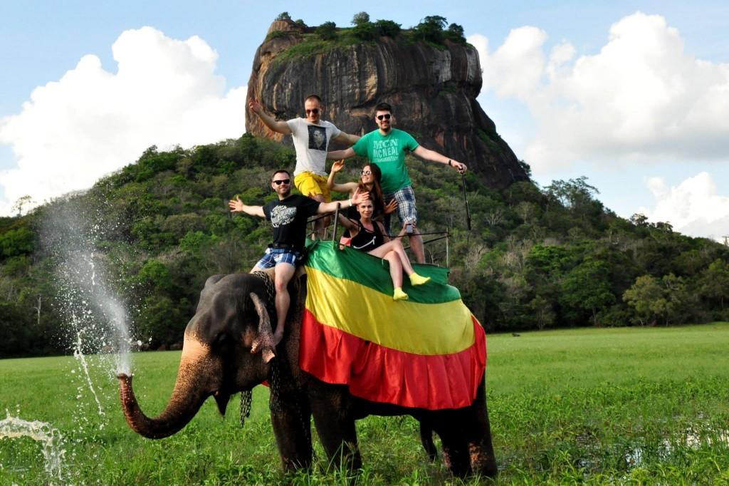 Sigiria -Jazda na słoniu