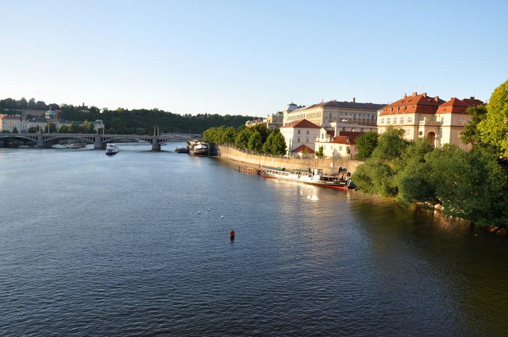 Praga o zachodzie słońca