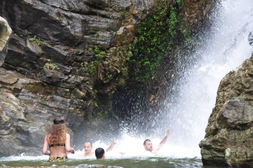 Sri Lanka - kąpiel w wodospadzie