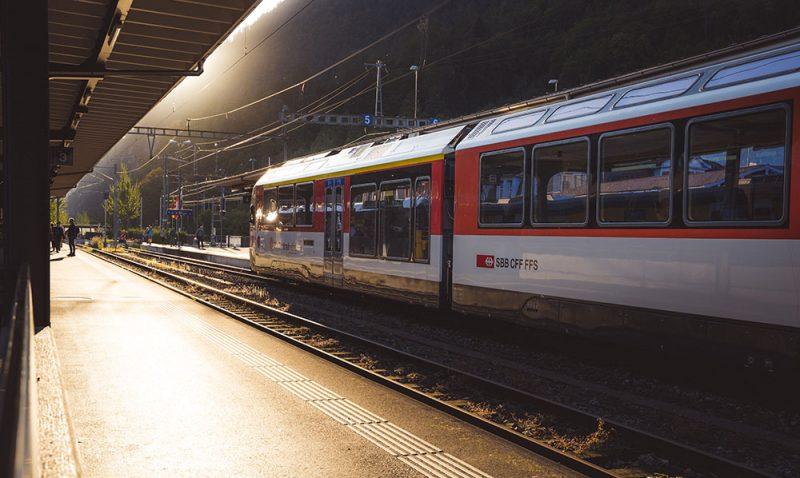 pociągi w szwajcarii
