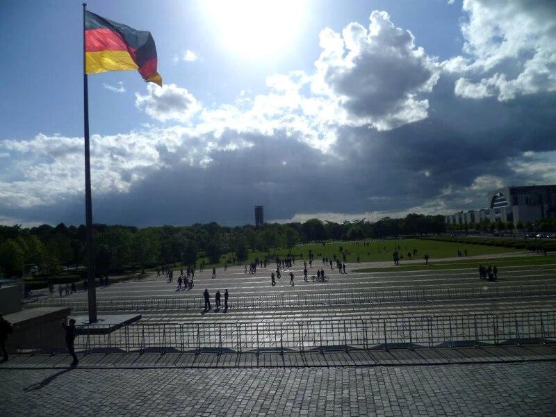 Widok po wyjściu z Reichstagu