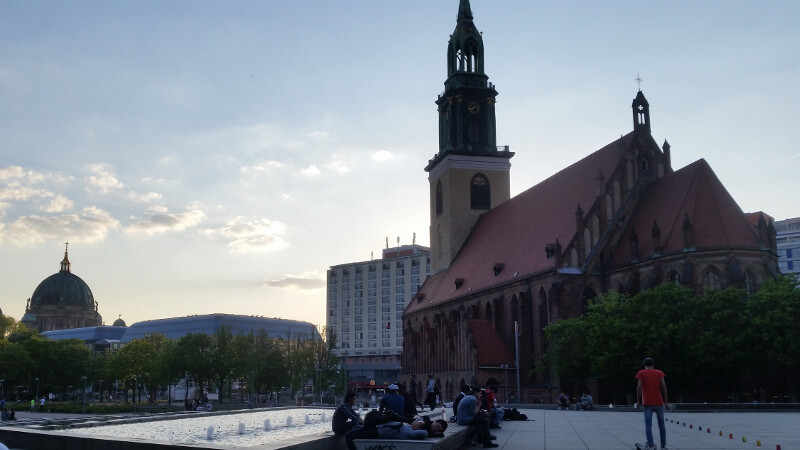 W drodze na Alexanderplatz