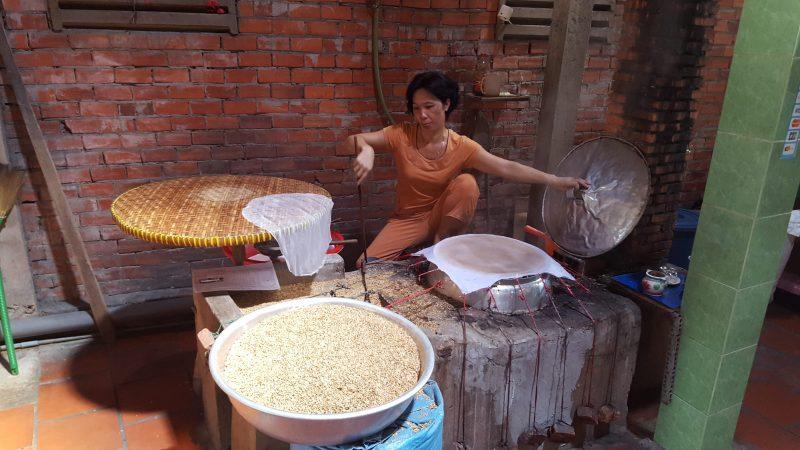 Produkcja kokosowych chrupek - Delta Mekongu