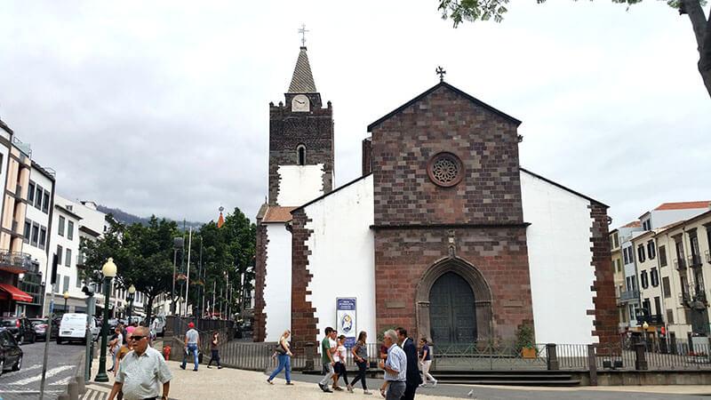 Kościół Igreja do Colegio dos Jesuitas - Madera Funchal