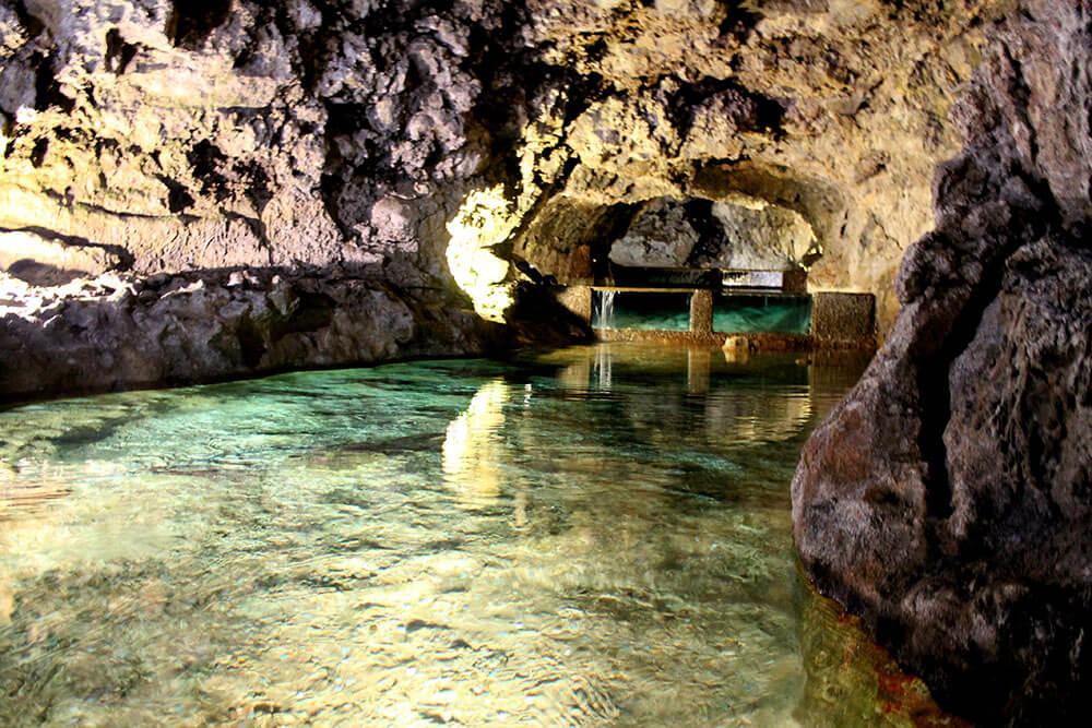 madera-sao vincente życie pod jaskinią