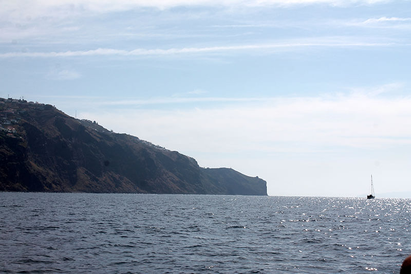 madera wschodnie wybrzeże widziane ze statku