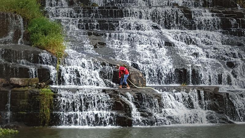 Wodospad Pongour - Wietnam - wąż