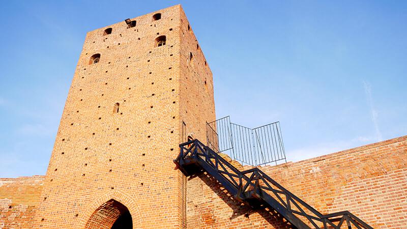 Zamek w Czersku - wejście na wierze