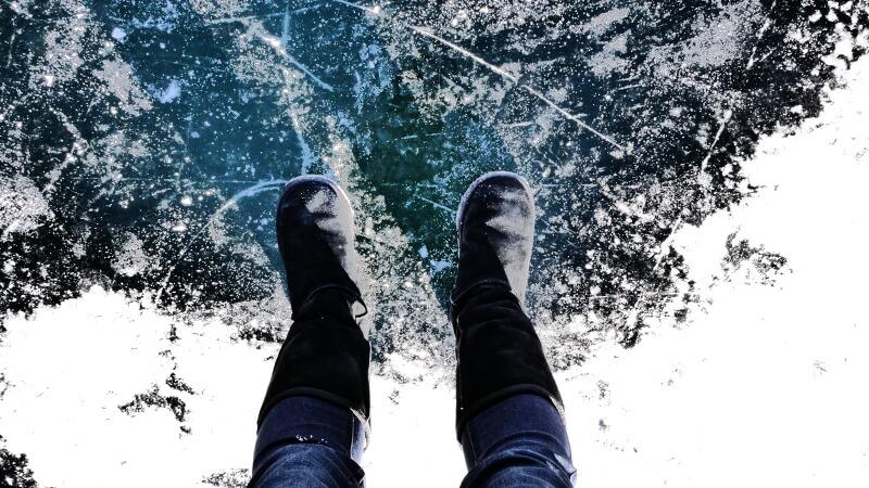 Emu na lodzie - chodzenie po jeziorze