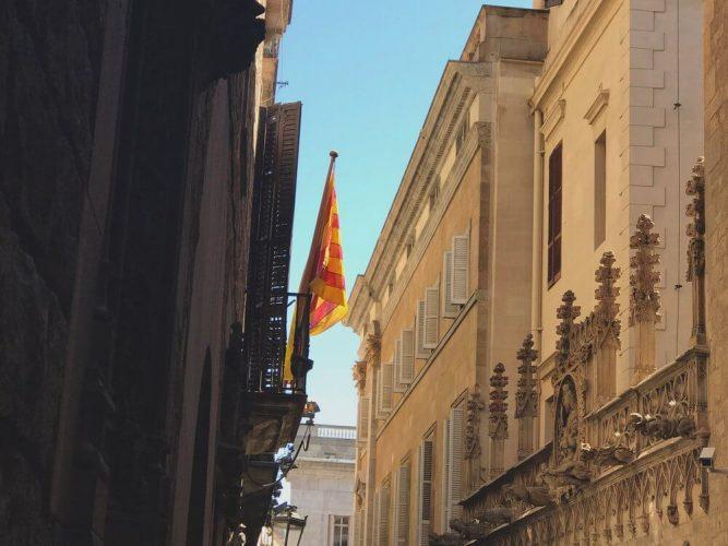 Flaga-katalońska