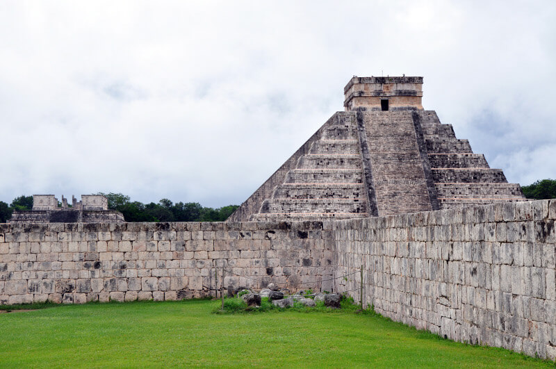 Chichen-itza-co-ogladac-jukatan