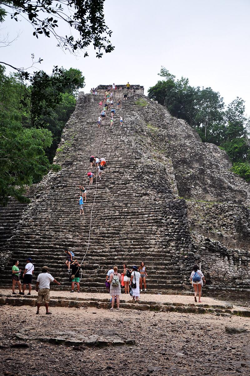 glowna-piramida-coba