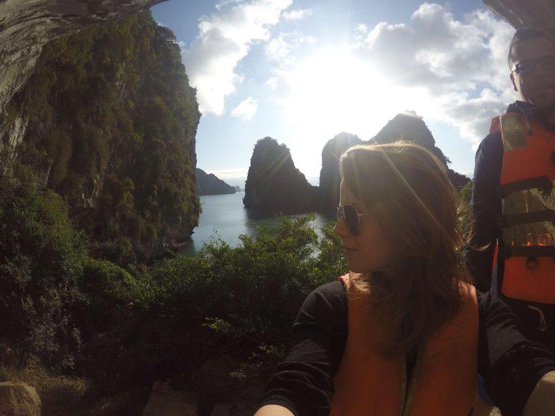 Widok z jaskiń - Zatoka Ha Long