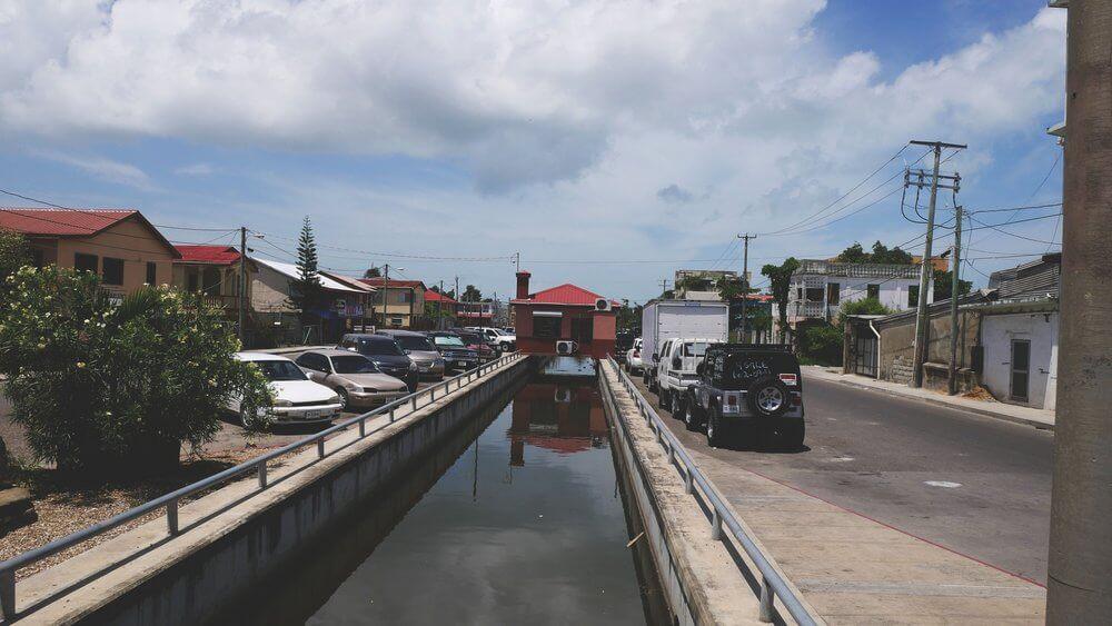 Belize-okolice-dworca-autobusowego