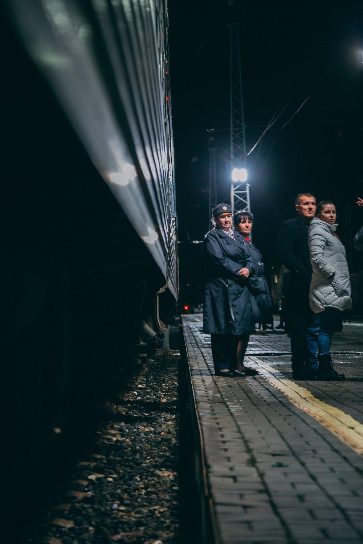 kolej-transyberyjska-konduktor