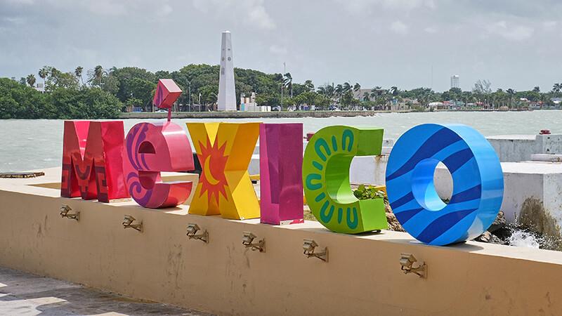 Kolorowy napis Meksyk