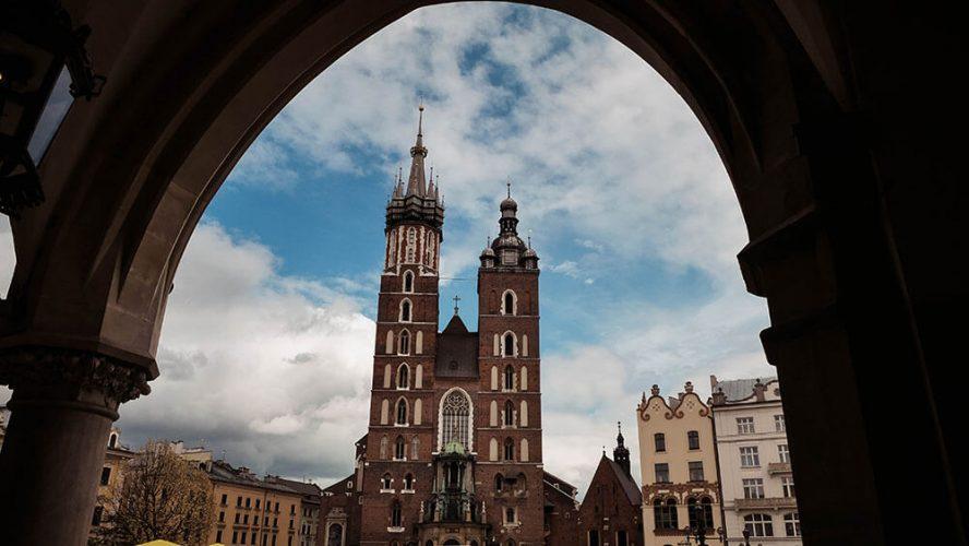 Widok na Bazylikę mariacką w Krakowie