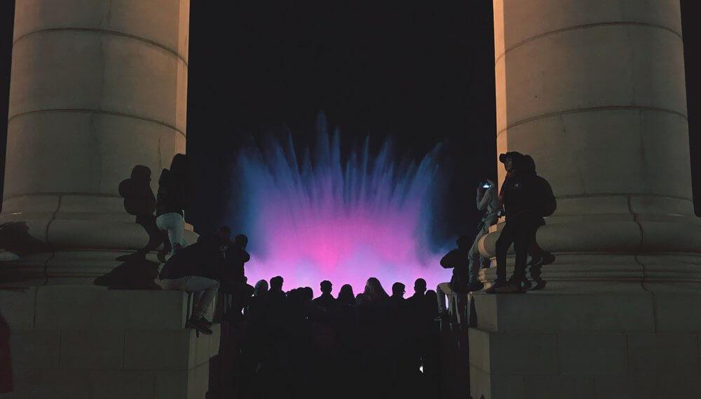 Światło-dźwięk-woda-barcelona
