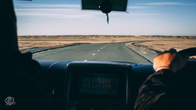 podróż z wynajętym kierowcą