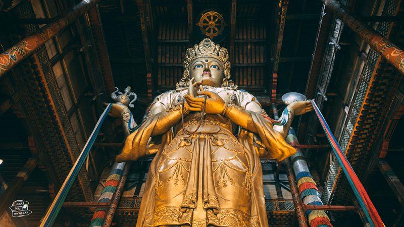 Gandan - wielki posąg