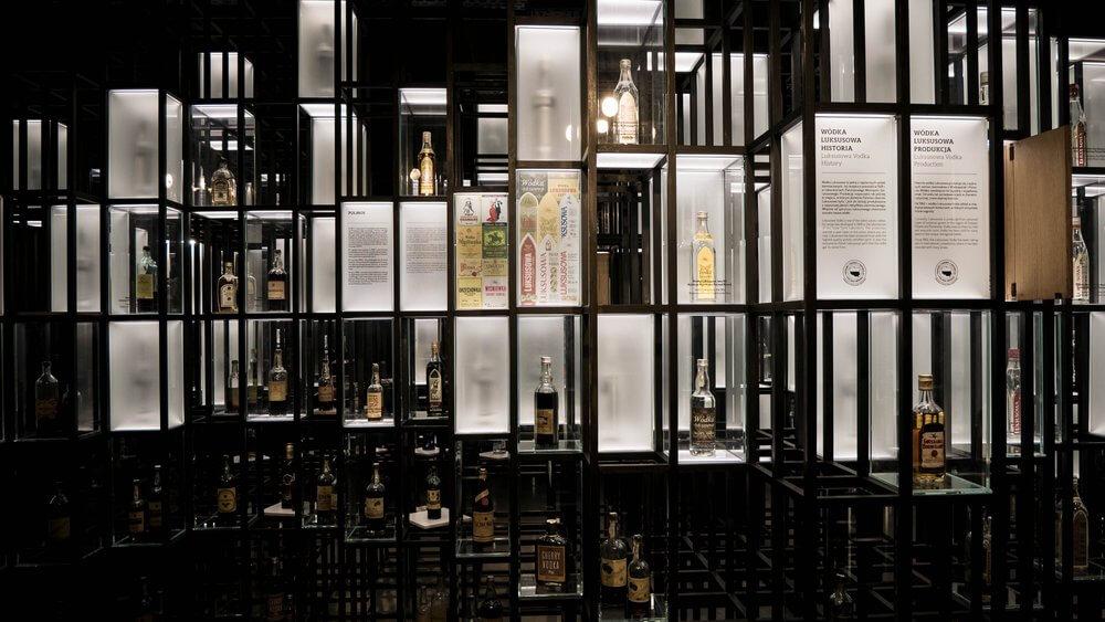 gabloty z wódkami - muzeum polskiej wódki