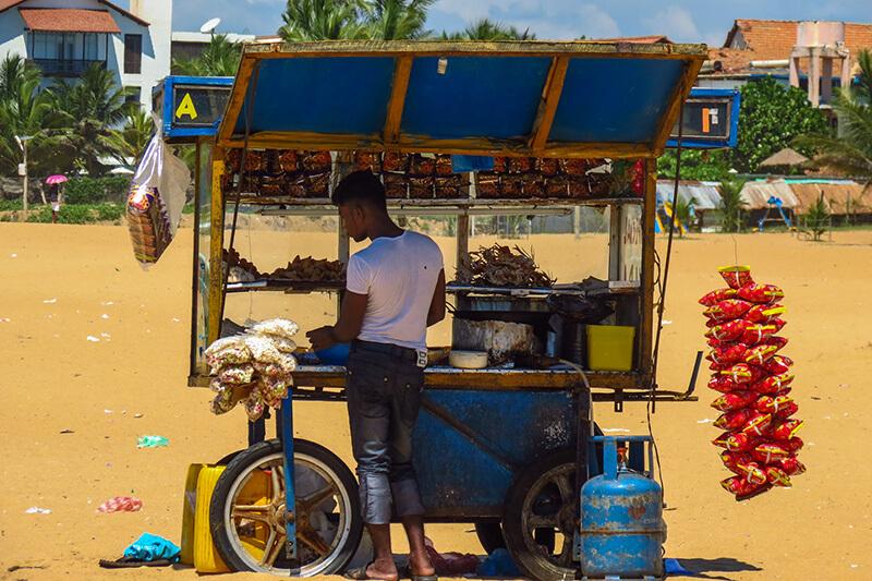 Stragan na plaży w Negombo