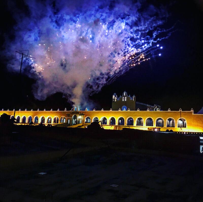 Meksyk-swieto-parada