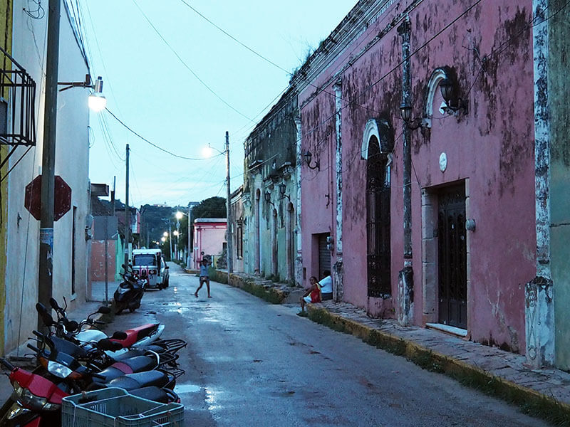 ulice miasta Oxkutzcab - Meksyk