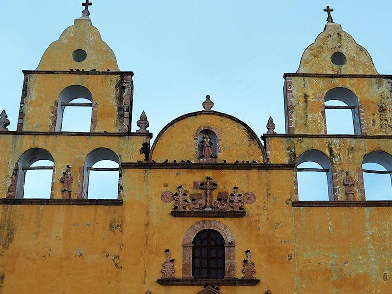 Meksykańskie miasto OXkutzcab - kościół