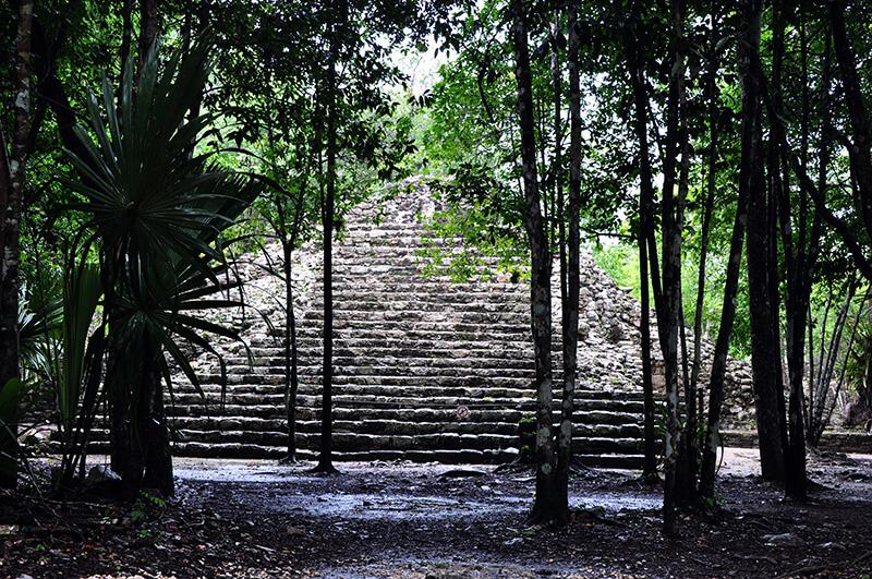 coba-piramida-majow