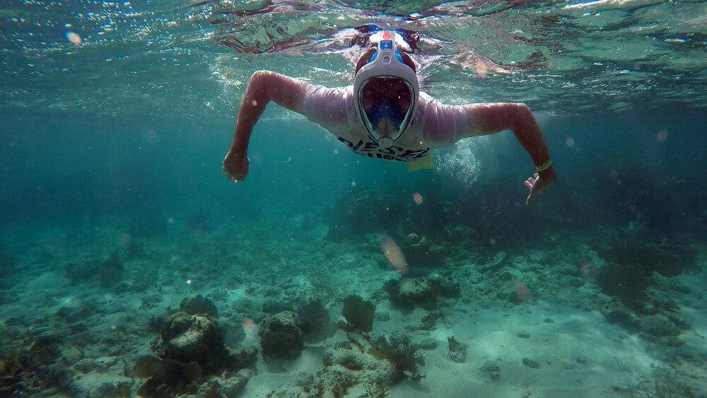 Snorkeling-CayeCaulker
