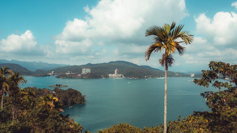 zwiedzanie-sun-moon-lake