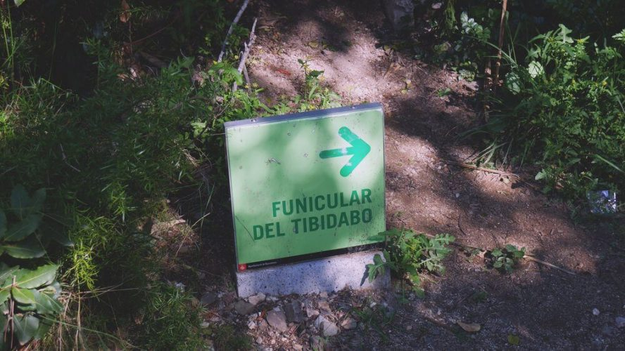 znak-na-kolejkę-tibidabo