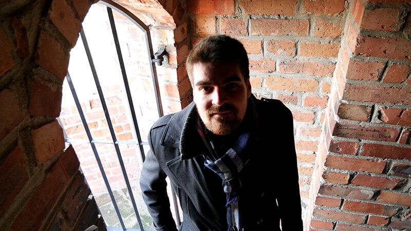 wchodzenie na wieżę zamku w czersku